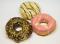 Donut s jahodovou polevou